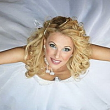 Пакеты услуг с 15% скидкой для будущих невест, выпускниц, отпускниц!