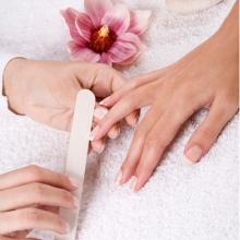 Сделай маникюр и получи массаж рук в подарок!