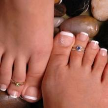 Френч-наращивание ногтей на ногах!!!
